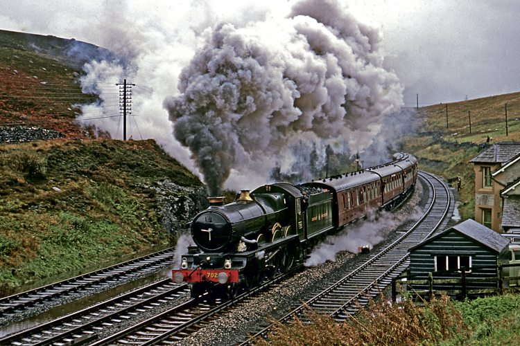 GWR 4-6-0 No. 7029 Clun Castle tops Shap summit with the LCGB 'Castle to Carlisle' tour on October 14 1967. TREVOR OWEN COLOUR-RAIL.COM 122352
