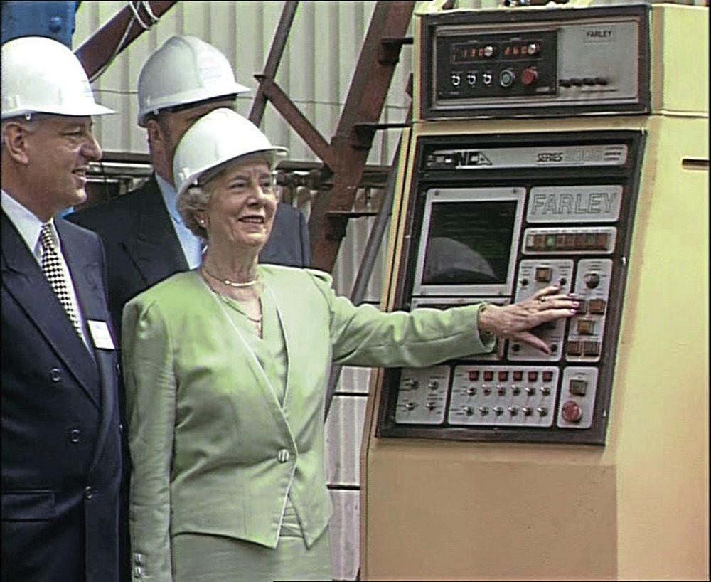 David Champion and the late Dorothy Mather (Arthur H Peppercorn's widow and former president) formally start the construction of Tornado on July 13, 1994.