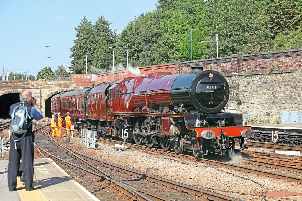 LMS Princess Royal Pacific No. 6201 Princess Elizabeth