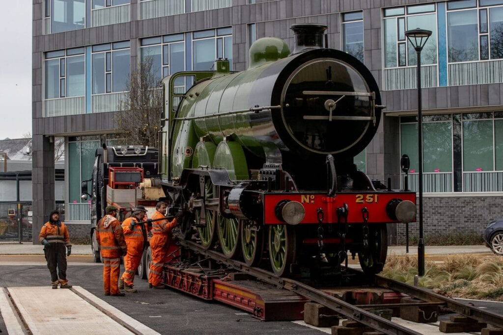 Workers transferring No. 251 in Doncaster